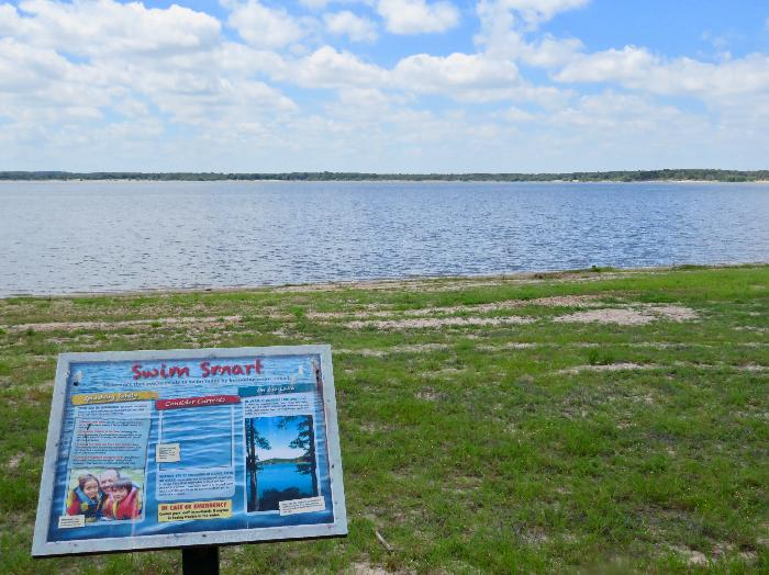 Enjoy Lake Somerville in the Cedar Elm Day-Use Area