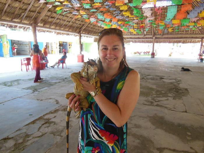 Stacy and the Iguana