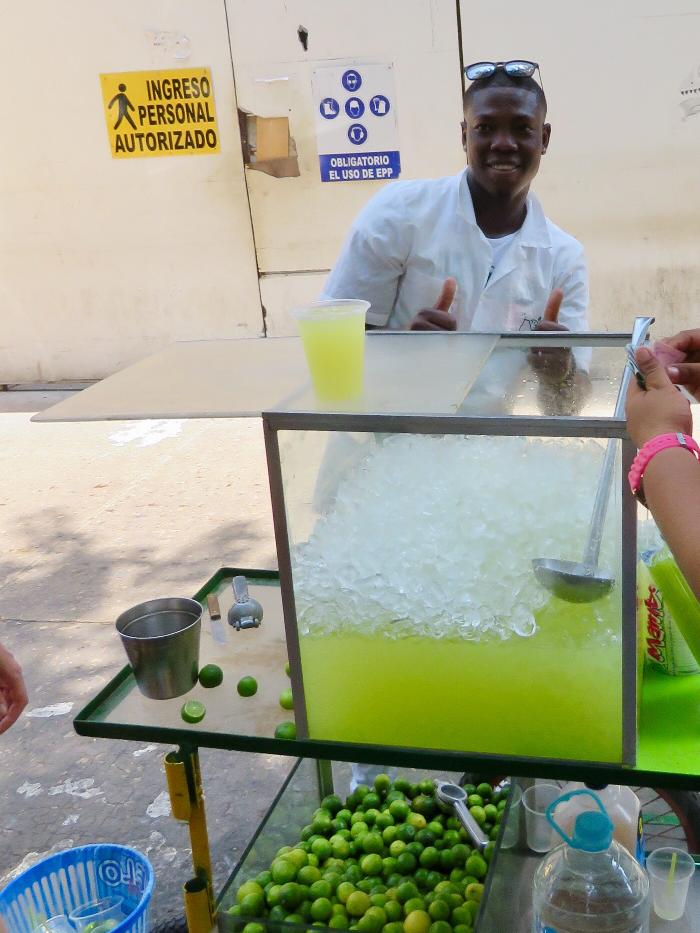 Limeade for Sale in Bolivar Plaza