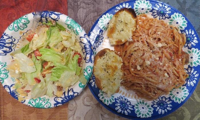 Spaghetti & Meatballs with Dinner Salad and Garlic Bread