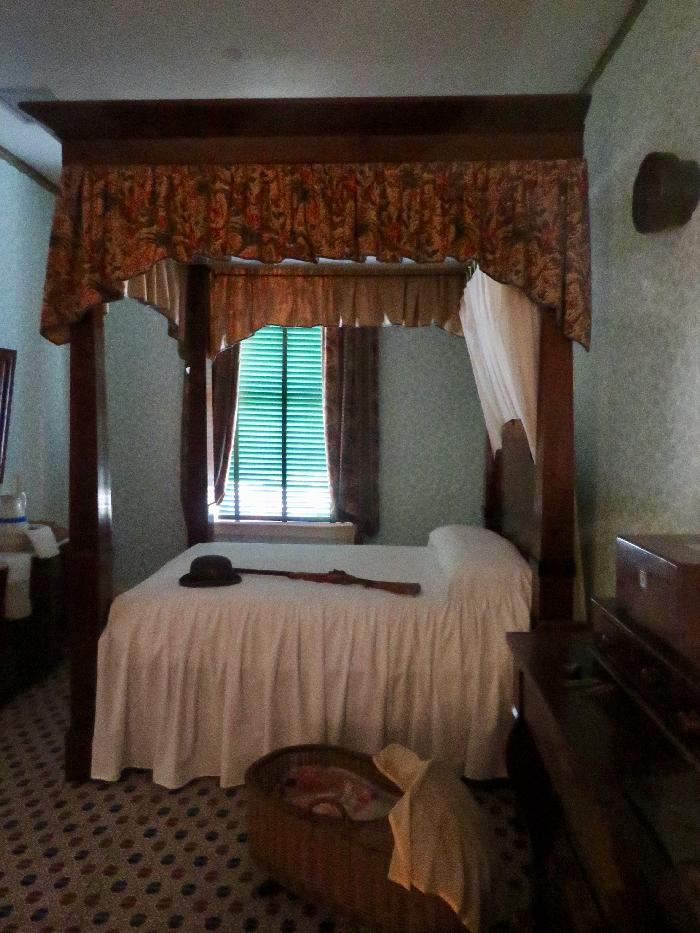 Bedroom in William Johnson House