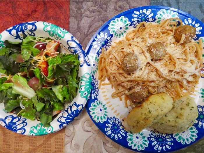Spaghetti and Meatballs with Side Salad and Pull-Apart Garlic Loaves