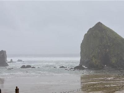 In Search of Sunshine at Cannon Beach