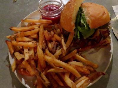 Reviews:  Kauai Eats - Mostly on the Cheap