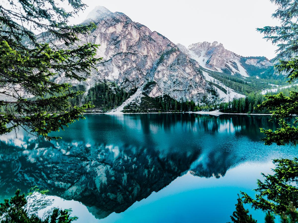 The Best Alpine Lakes Around the World
